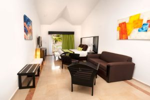 16319_guest-room