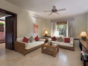 rsz_honeymoon_suite